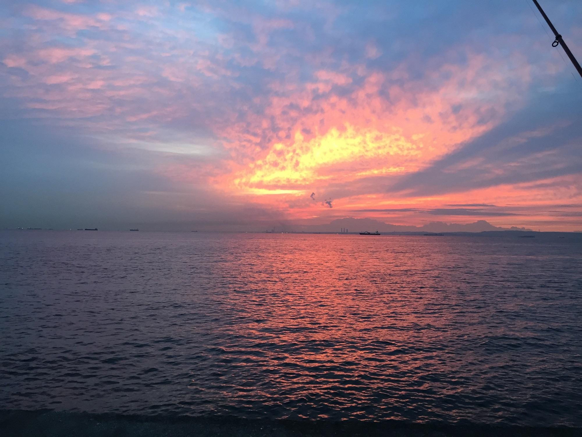 福浦岸壁からの朝焼け