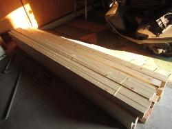 教室の工事 木材2