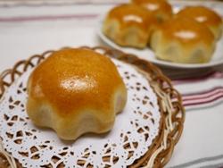 桃のクリームパン 2014-7