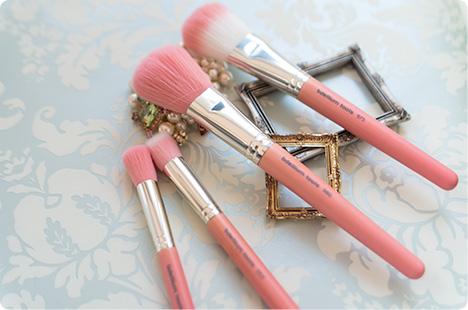 ふわふわブラシ Bdellium Tools, Pink Bambu Series