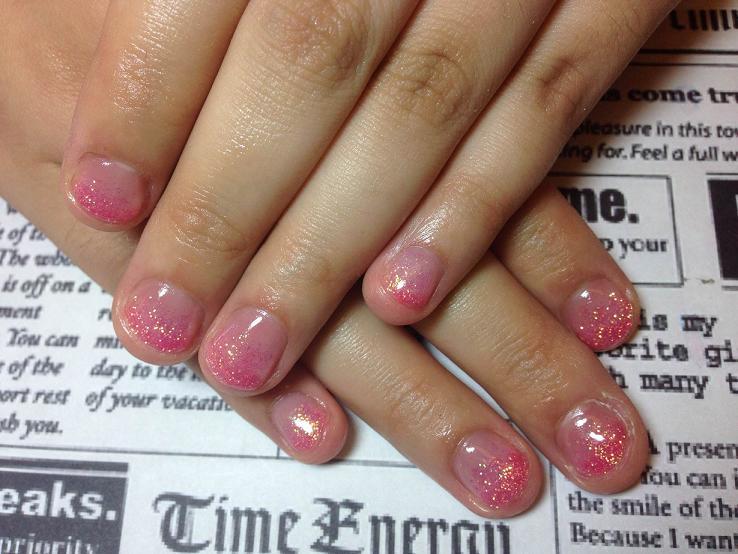ラメグラデーション ピンク かわいい