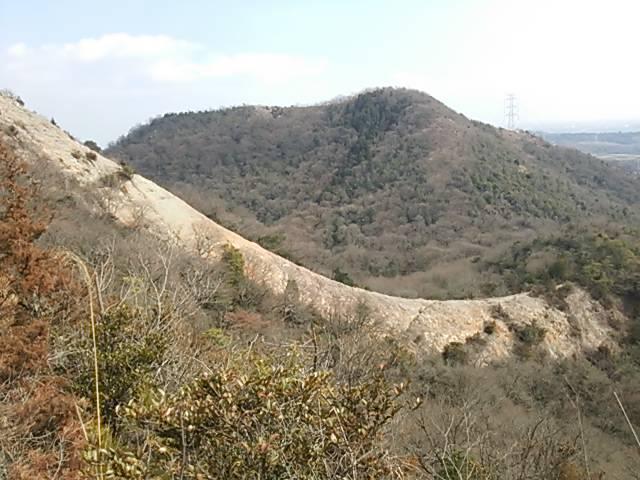 小野アルプス一枚岩