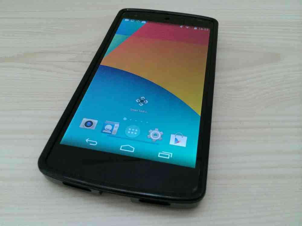 Nexus 5-tpuケース-Caseology-Matte Slim-Fit-Flexible