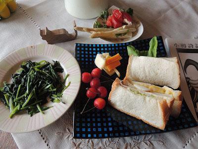 ★残り物の朝食DSCN2459