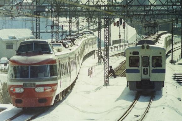 140210-1990-nse-2600-001.jpg