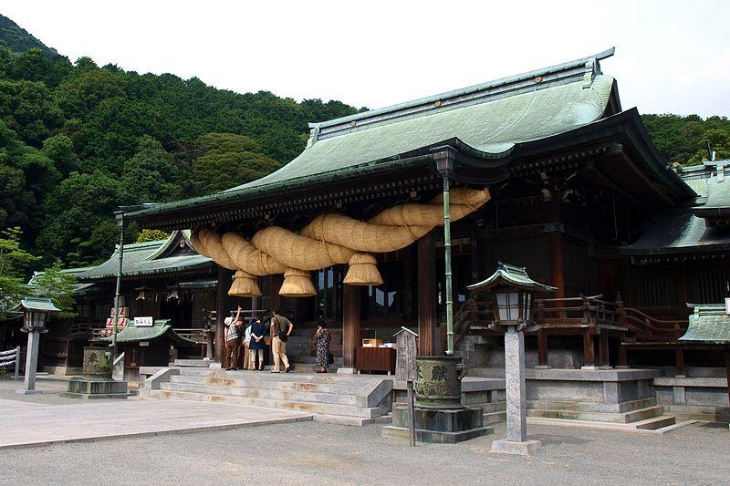 800px-Miyajidake_shrine_2009_A.jpg