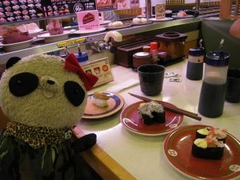 ばぶちゃんはま寿司にて