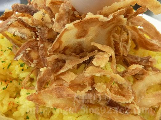 カレーは飲み物。秋葉原店で鶏カレー山盛り020