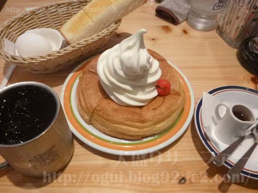 コメダ珈琲丸井錦糸町店でシロノワールモーニング040