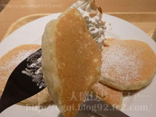 マノアパンケーキハウスのホイップパンケーキ022