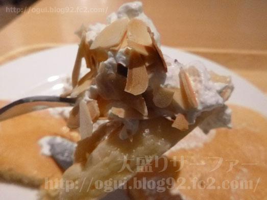 マノアパンケーキハウスのホイップパンケーキ025