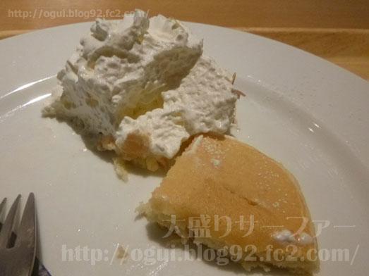 マノアパンケーキハウスのホイップパンケーキ026