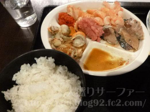 浅草橋たいこ茶屋のランチバイキング刺身食べ放題035