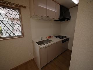 メゾネットピーチ1号室キッチン