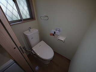 メゾネットピーチ1号室トイレ