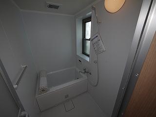 メゾネットピーチ1号室お風呂