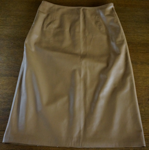 革スカート1