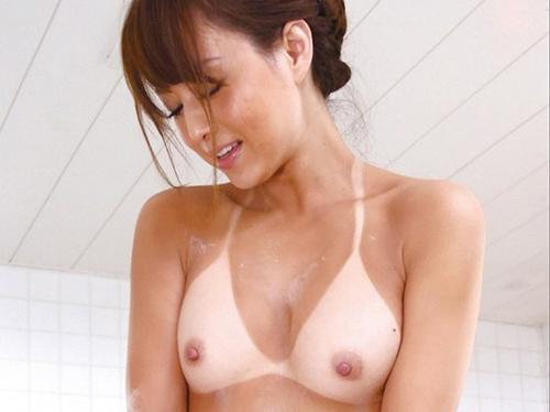 AV女優・吉沢明歩さんが30歳に
