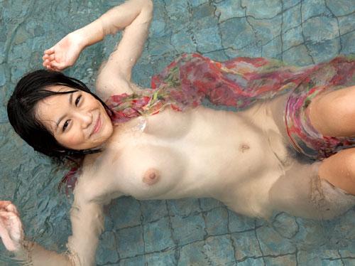 3次画像 連休はおねえさんと温泉でおっぱいまみれで過ごしたい♪