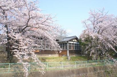 旧新田小学校