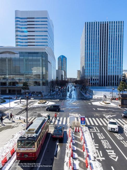 雪が残るみなとみらい(パシフィコ横浜から撮影)