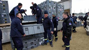 100767-australian-rescuers-japan-tsunami.jpg