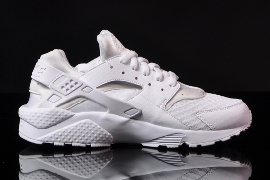 "Nike Air Huarache ""All White"""