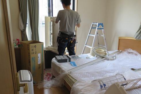 13)撤去前のベッド