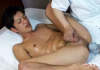 ゲイ動画:若スーツリーマン男子ゲイマッサージでGO !!