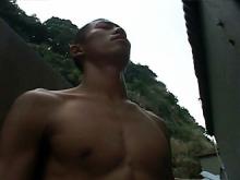 ゲイ動画:スジ筋坊主ランナー野外オナと巨根マッサージ !! 好帥哥