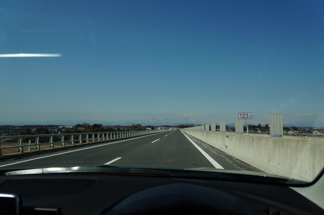 日光連山を北関東道より