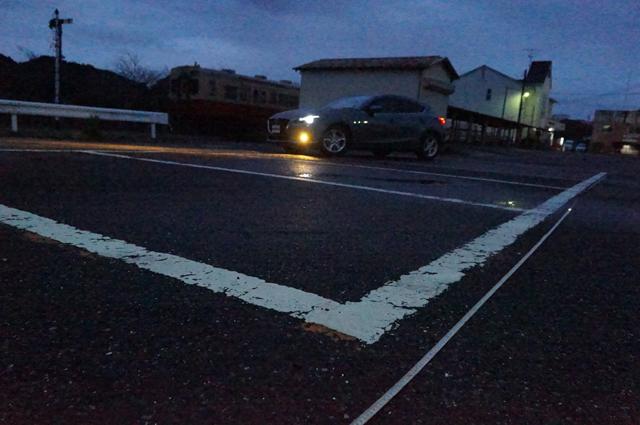 いすみ鉄道国吉駅の駐車場の大きさを測定する