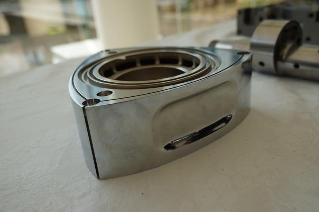 小さなロータリーエンジンのロータ