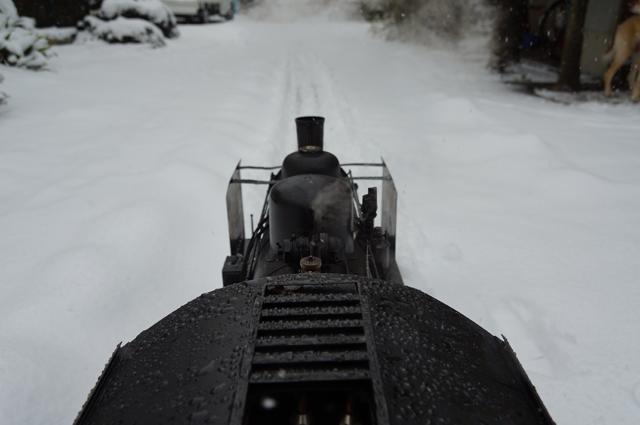 C56 129で雪上を走る