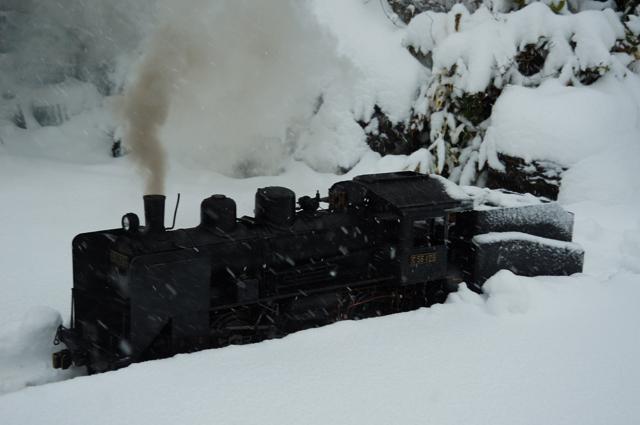 雪の上のC56 129