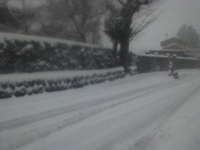 ロータリーで除雪前
