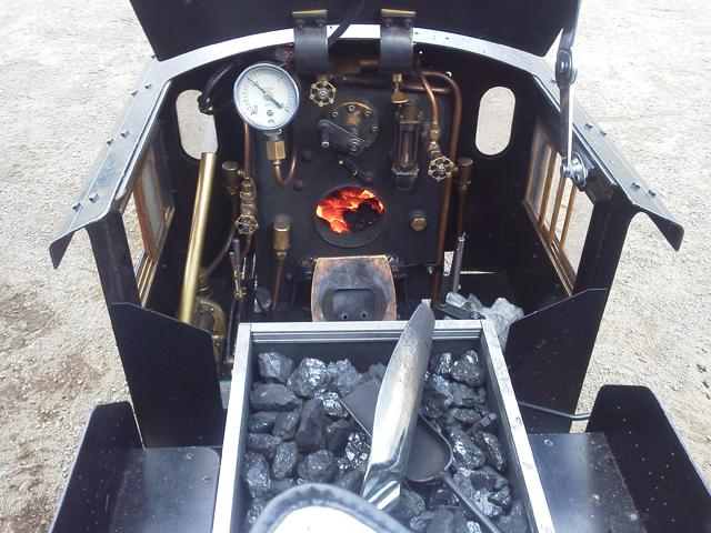 C21の運転台