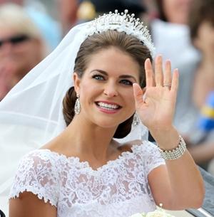 princess-madeleine-wedding-smile.jpg