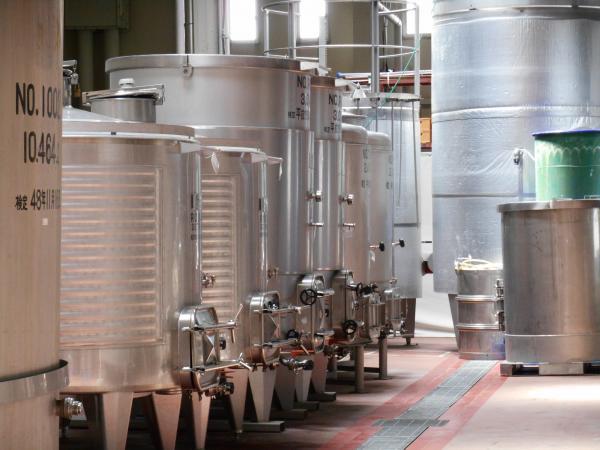 赤ワインの樽