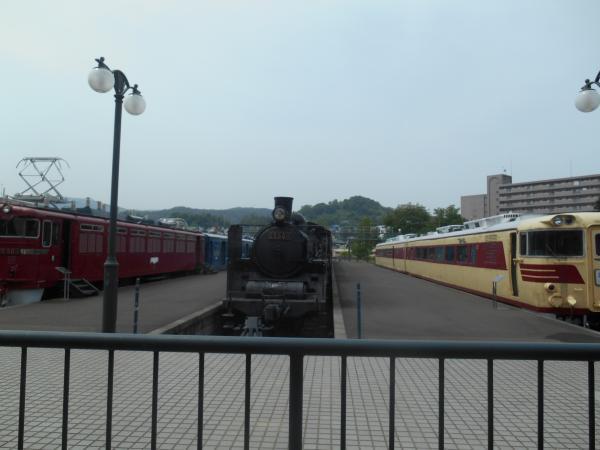 屋外展示列車