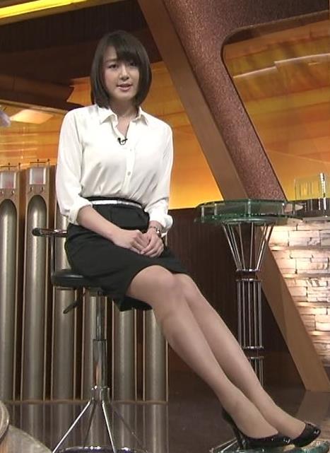 大島由香里 ミニスカ太もも美脚 (20140307)