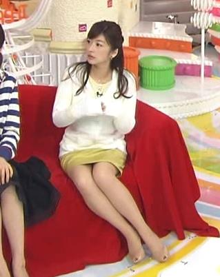 生野陽子 ミニスカートキャプ・エロ画像