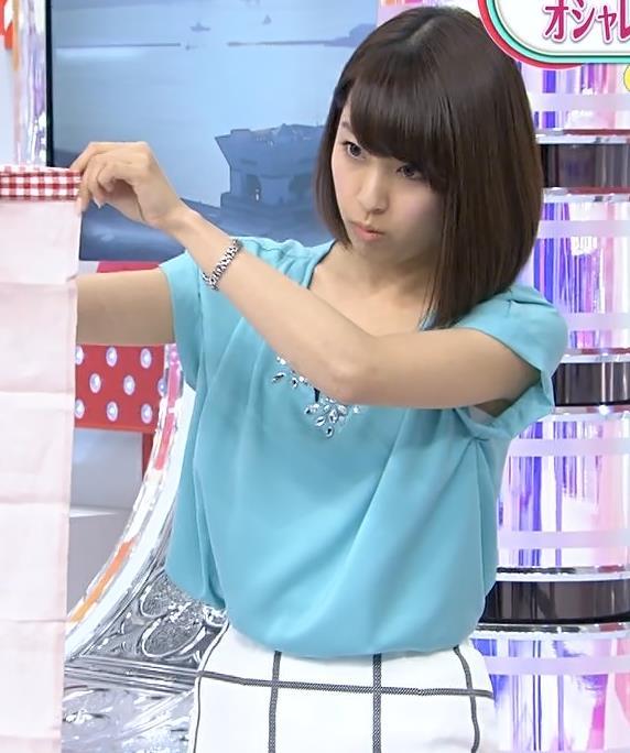 佐藤渚 タイトスカートキャプ・エロ画像3