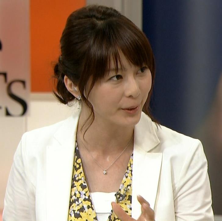 杉浦友紀 白いジャケットキャプ・エロ画像4