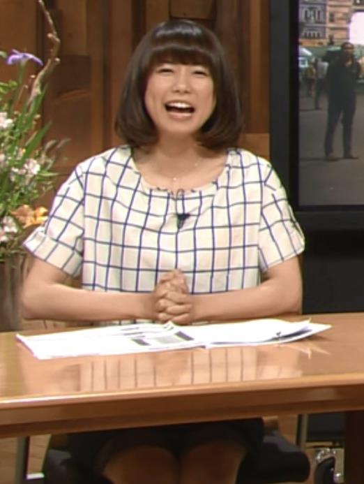 青山愛 ミニスカートキャプ・エロ画像