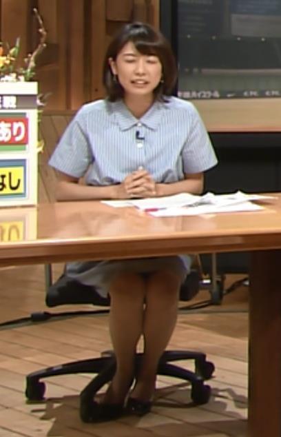 青山愛 ミニスカートキャプ・エロ画像5