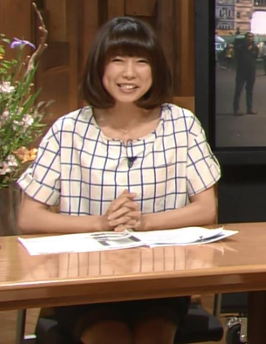 青山愛 ミニスカートキャプ・エロ画像6