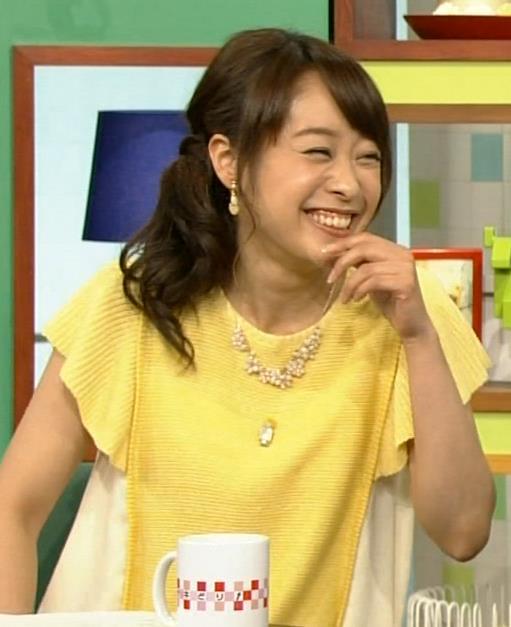 片山千恵子 ミニスカートキャプ・エロ画像2