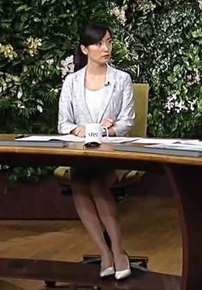 大江麻理子 美脚キャプ・エロ画像5