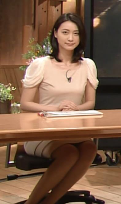 小川彩佳  (報道ステーション 20140618)キャプ・エロ画像2